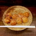「たこ焼き」4個+「すじ焼き」4個 合計8個(360日元)