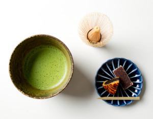 「森半抹茶」(萬歳/みどり/あおい)※和菓子付き(各540円)