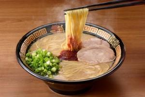 「天然豚骨拉麵(創業以來)」(790日圓)