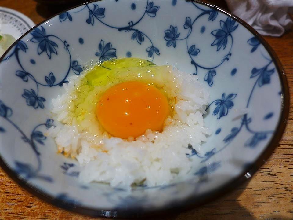 大阪居酒屋仔牛-生雞蛋拌飯