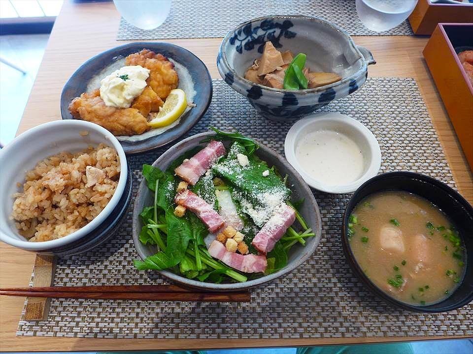 萬博公園・EXPOCITY『YAMAYA 白飯與我 LaLaport EXPOCITY店(やまや ごはんとわたし ららぽーとEXPOCITY)』