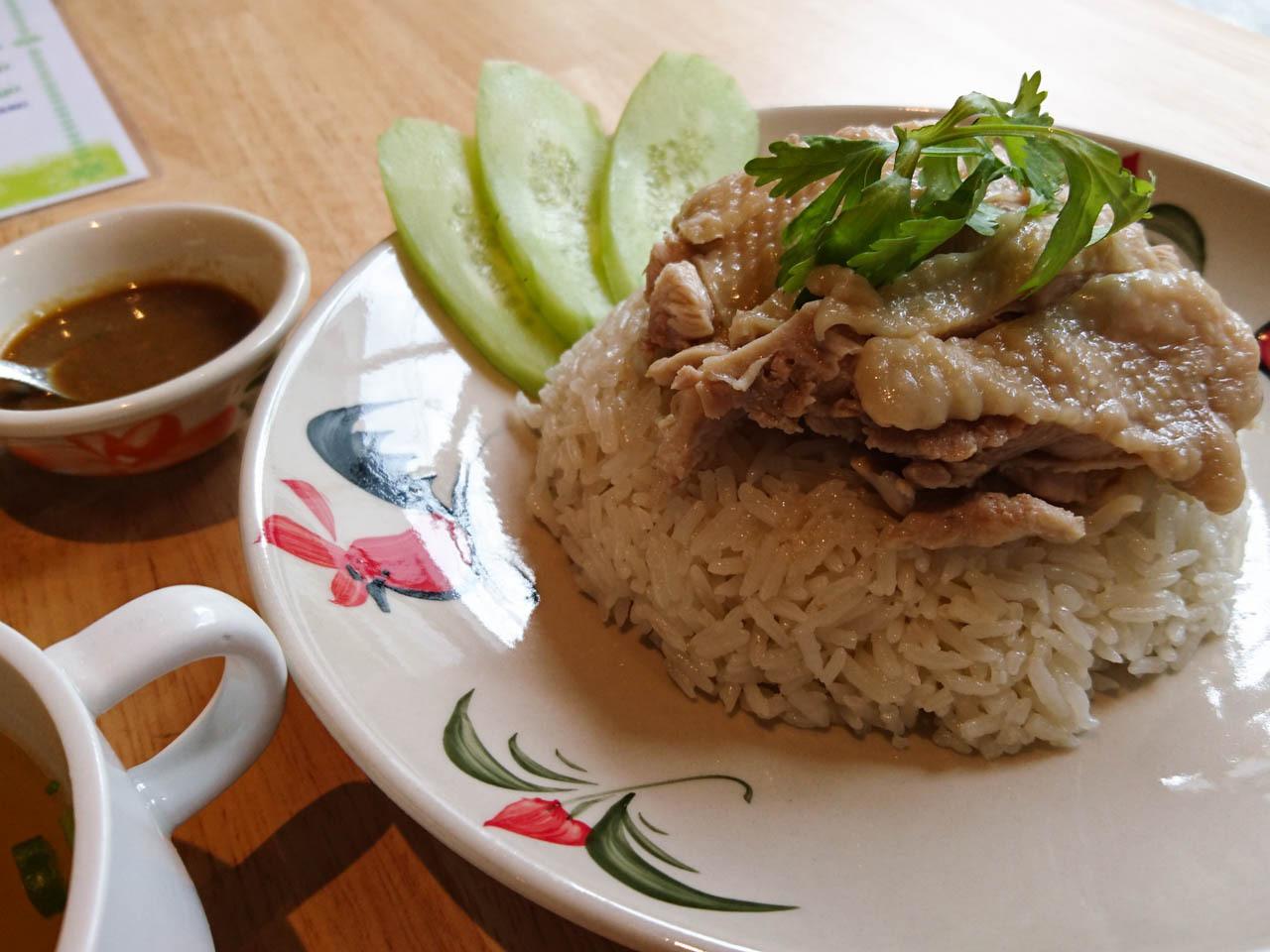 大阪泰式料理busaba-海南雞飯
