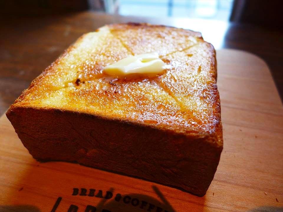 來到鶴橋『CAFE LeBRESSO』吃傳說中的厚片吐司!
