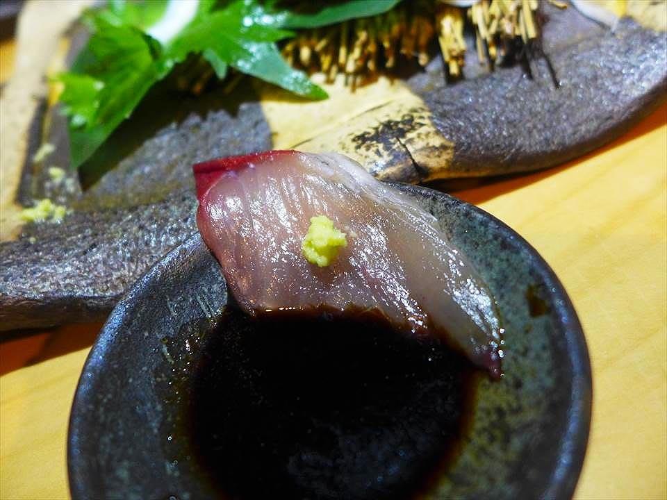 比目魚生魚片