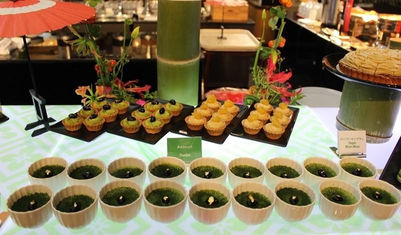甜美的雅緻甜點任您享用。『大阪新大谷飯店(ホテルニューオータニ大阪)』、「栗子與抹茶」為主題的秋季甜點吃到飽