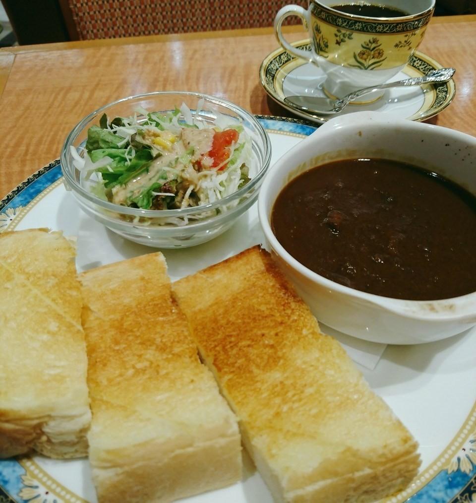 在三宮『CAFE 英國屋 Santika店(CAFE 英國屋 さんちか店)』,早餐吃咖哩!