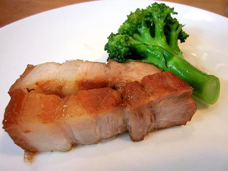 大阪中國家庭料理 溢彩流香--脆皮燒肉