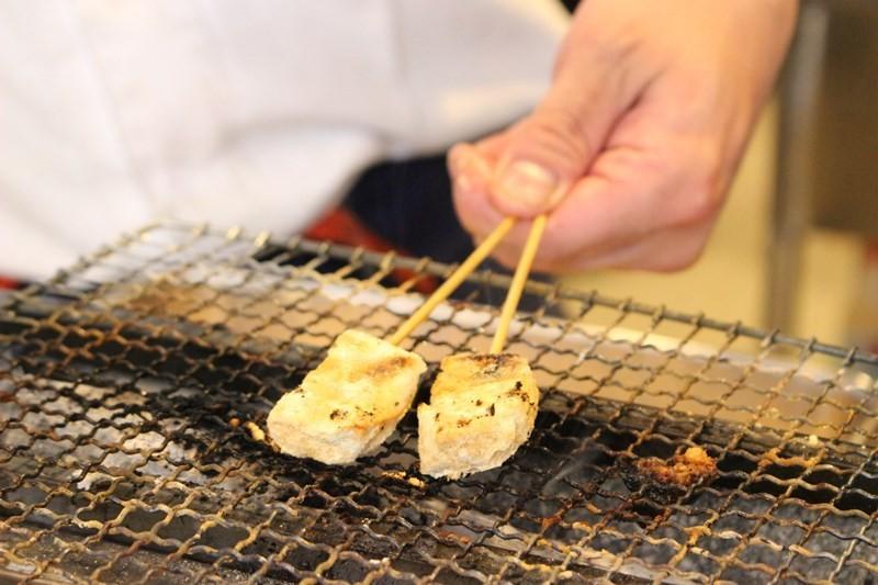 京都天婦羅PUB勝天-PONTO烤黃豆粉麻糬