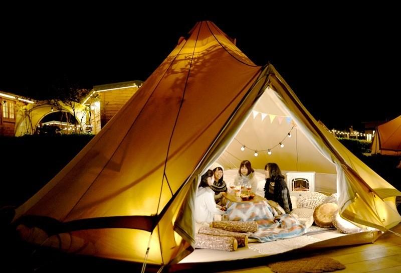 【附優惠券】晚上可以看到滿天星,冬天還有雪見溫泉。便利的免費接駁巴士運行中!京都・南丹市『瑠璃溪溫泉(るり渓温泉)』的豪華露營設施『GRAX』、『GRAX HANARE』體驗一生難忘的住宿時光吧!