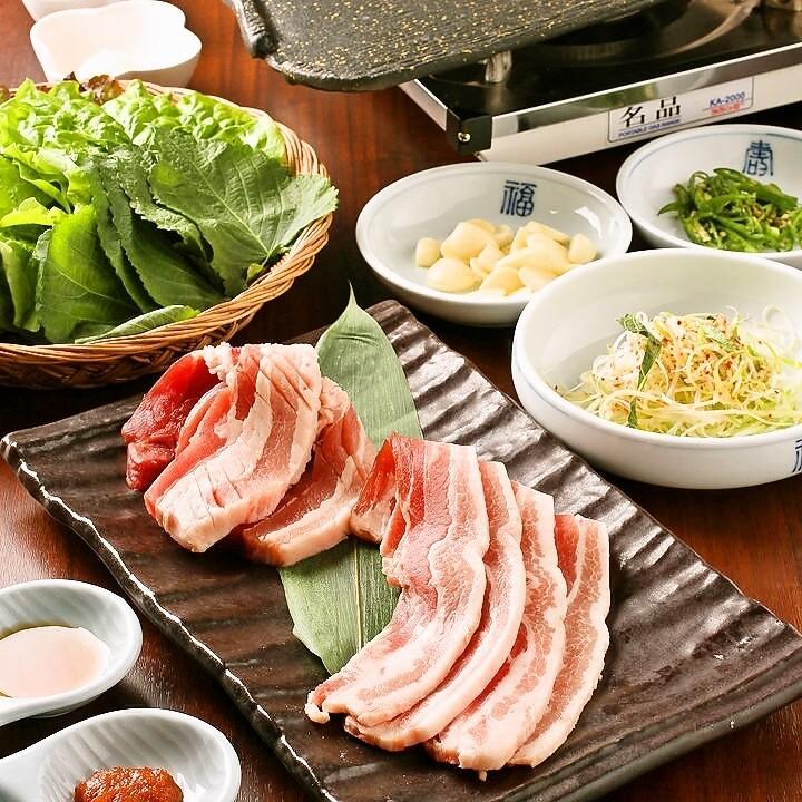 韓式三層烤豬肉吃到飽