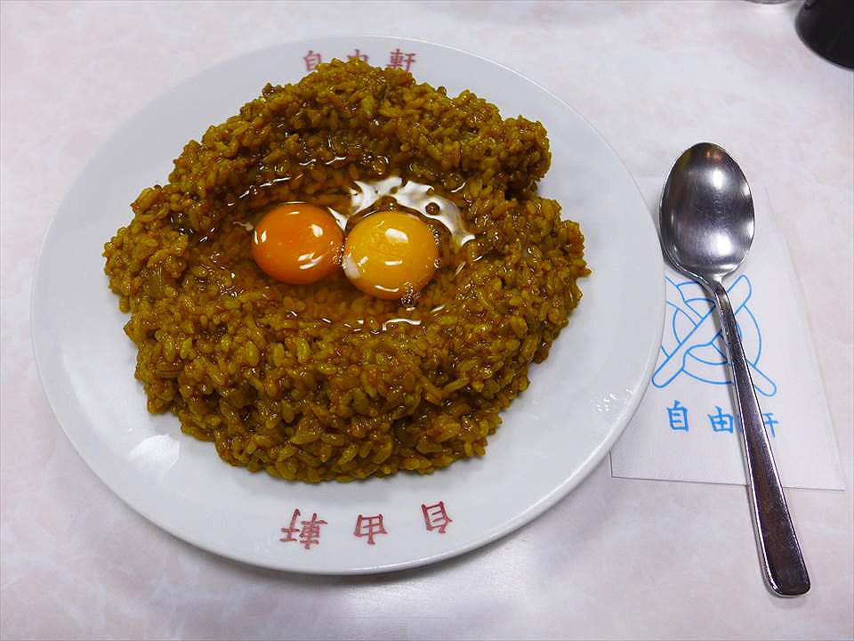 難波・千日前的排隊名店『自由軒』的必吃美食「名物咖哩(名物カレー)」!