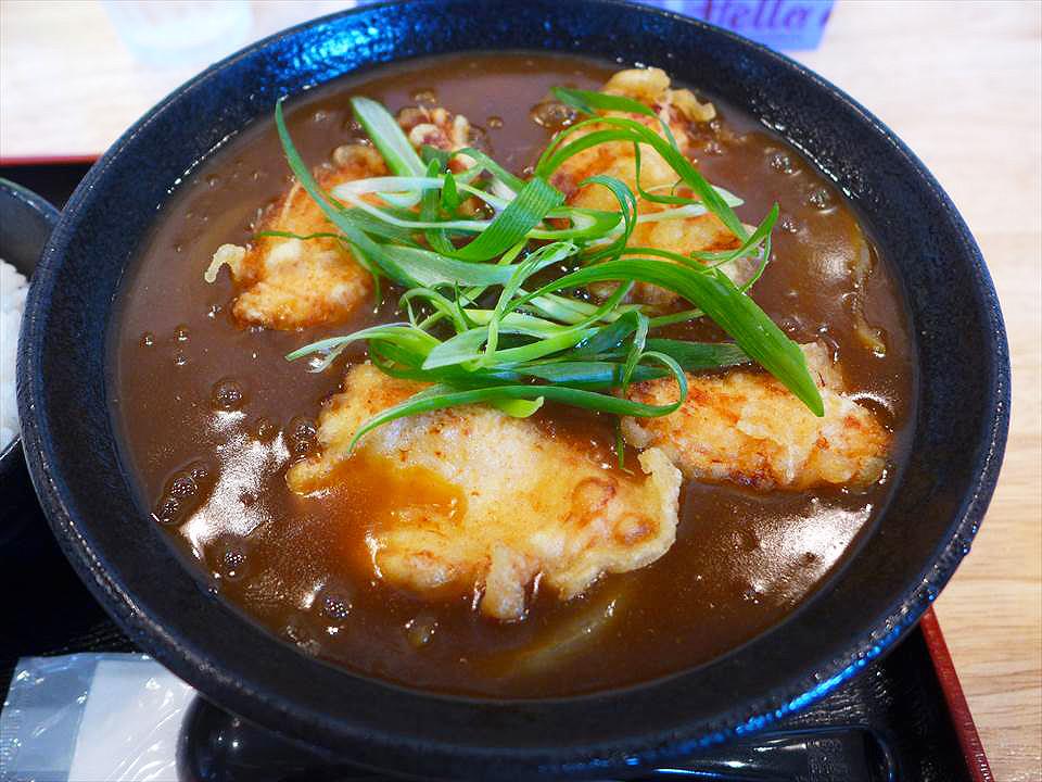 名物「炸牛腸咖哩烏龍麵(かすカレーうどん)」必吃!堺東『麵食 YAMA醬(麺くいやまちゃん)』