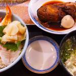 魚市午日海鮮丼套餐