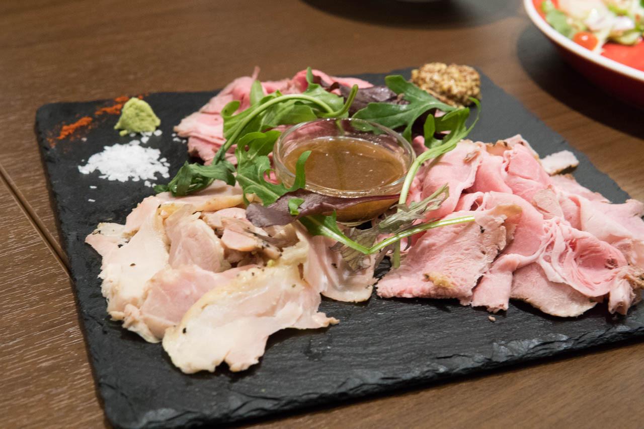 大阪比利時啤酒餐廳FLANDERS TALE-火烤肉拼盤