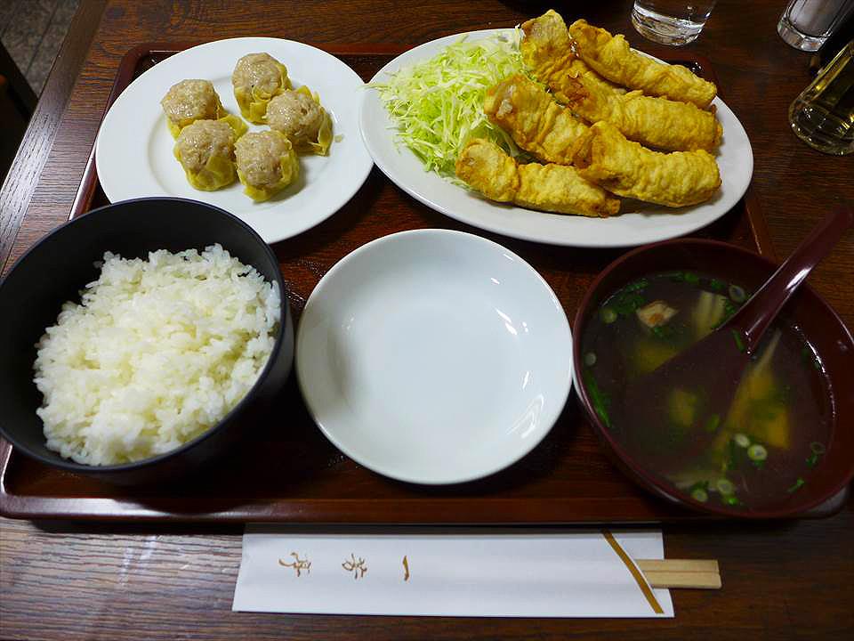 大阪燒賣定食華風料理一芳亭-炸豬肉天婦羅燒賣定食