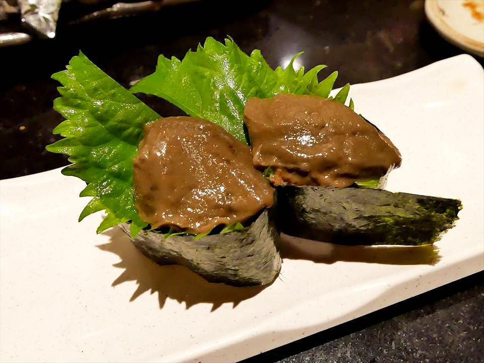 日本大阪居酒屋美食蟹膏壽司