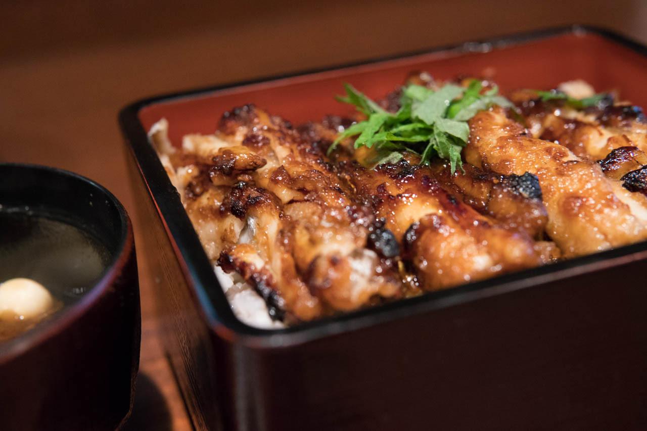 什麼是「烤白帶魚飯」?這是真正美味的漆盒飯,而不是替代品!位於阿倍野的『烤白帶魚飯-園(SONO)(たちじゅう 園(その))』