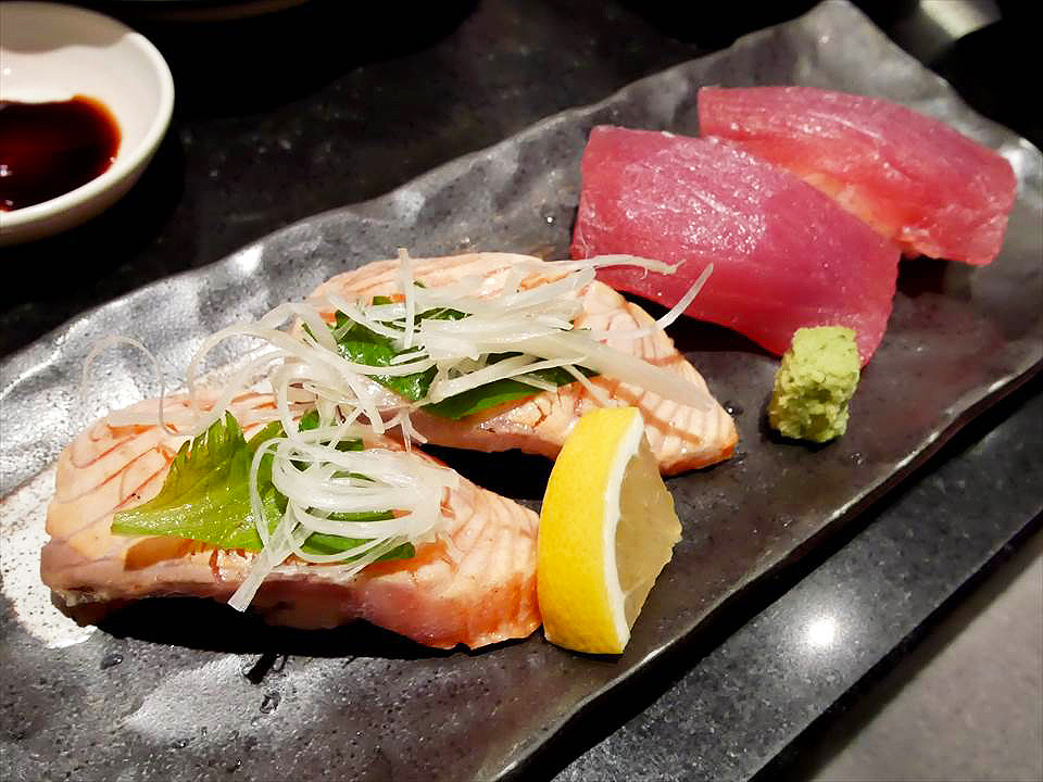 日本大阪炙燒鮭魚拼盤
