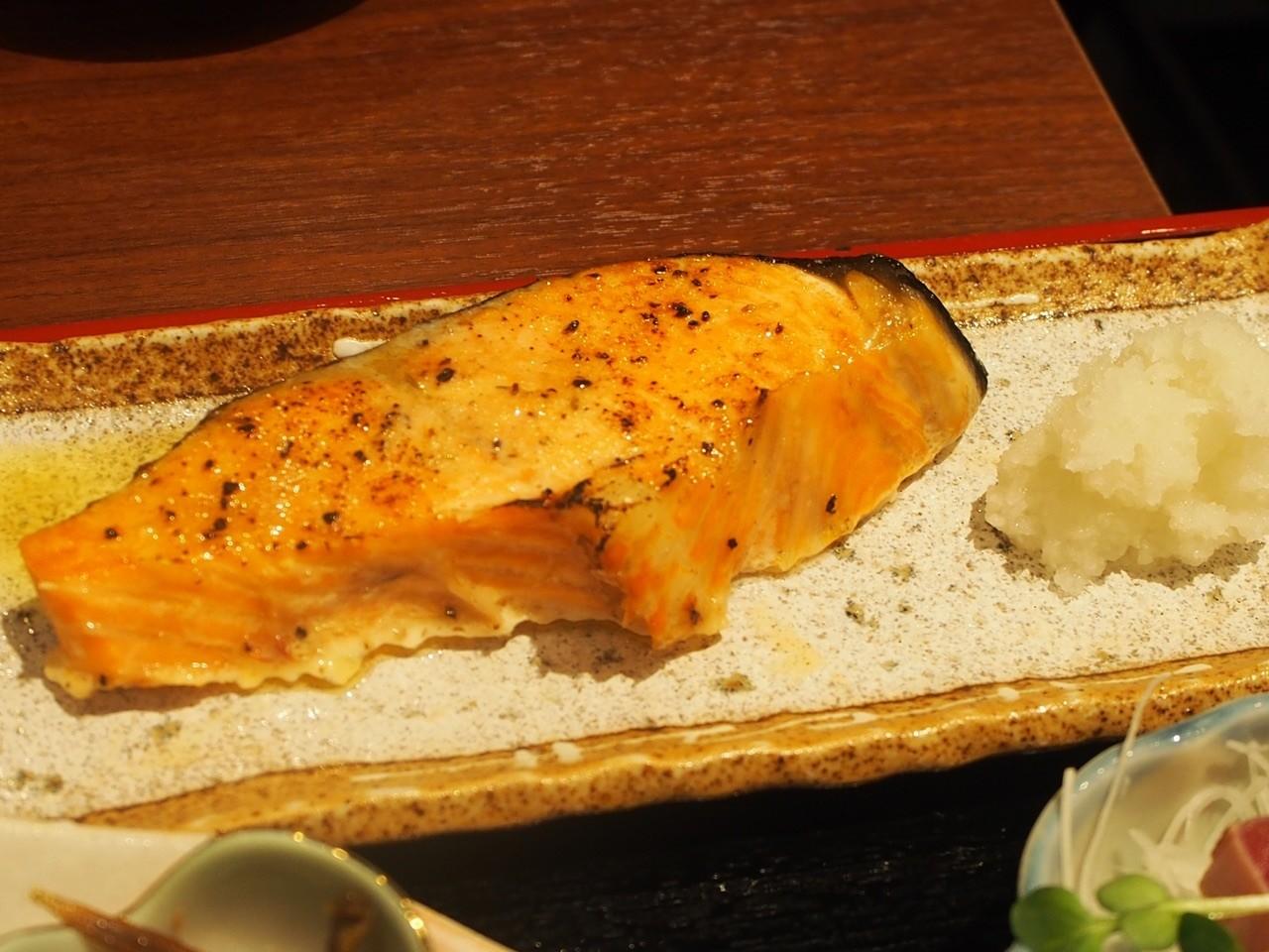 奶油銀鮭魚排