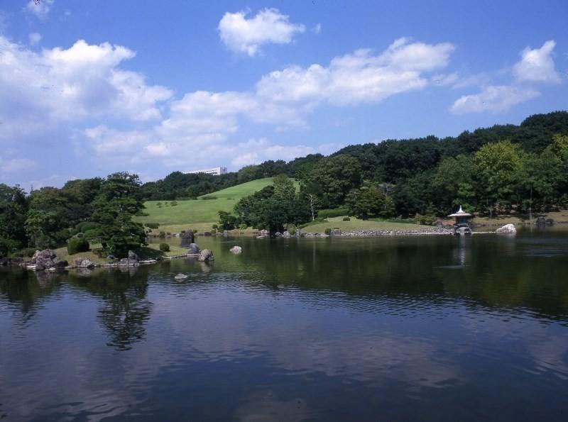 日本庭園 心字池