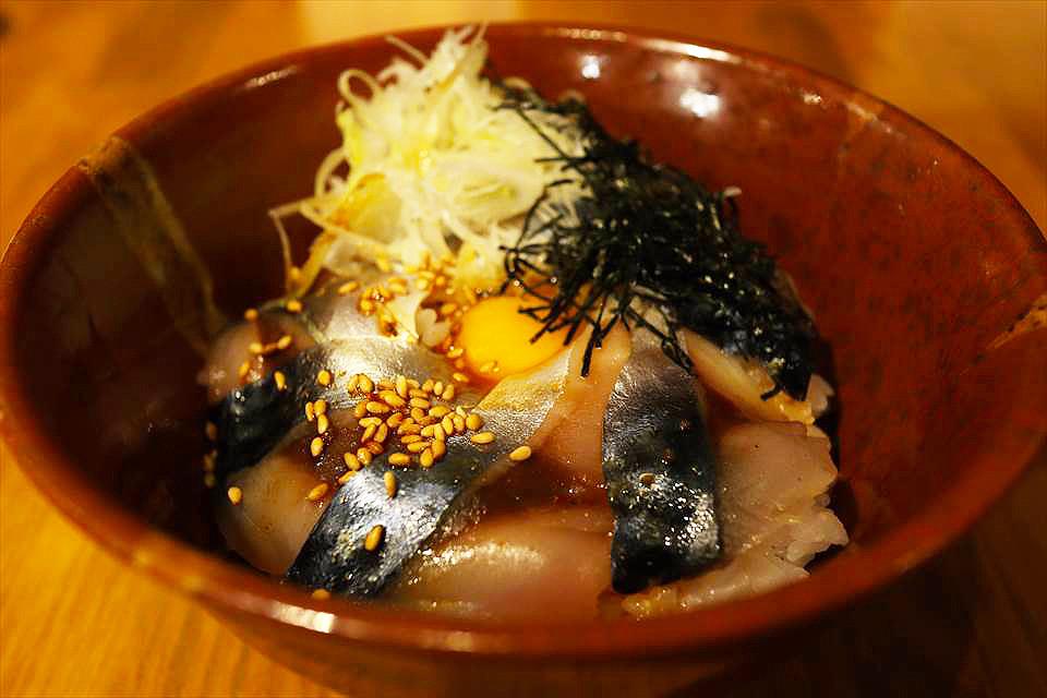 韓式生拌鯖魚丼