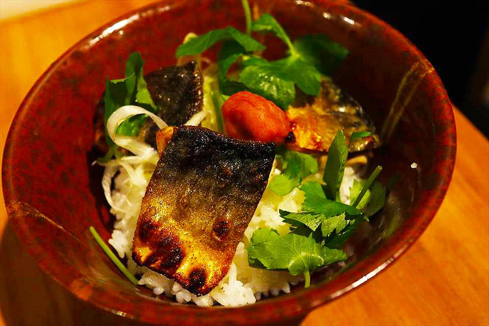 碳烤鯖魚梅茶泡飯