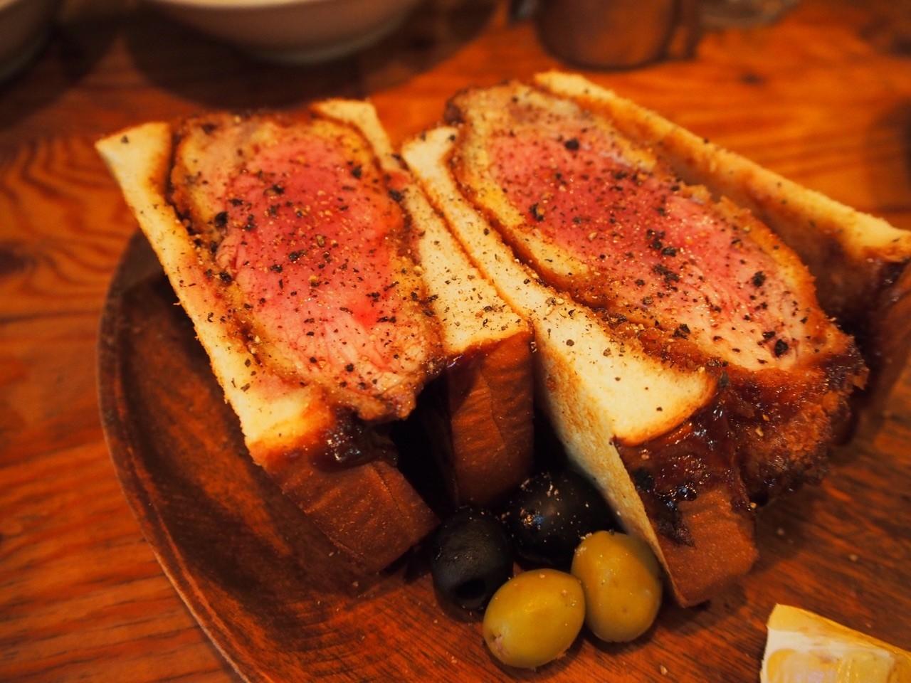 大正『nono』令人驚豔的超大份量炸豬排三明治!