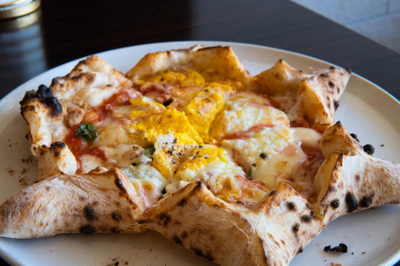 四色起司披薩