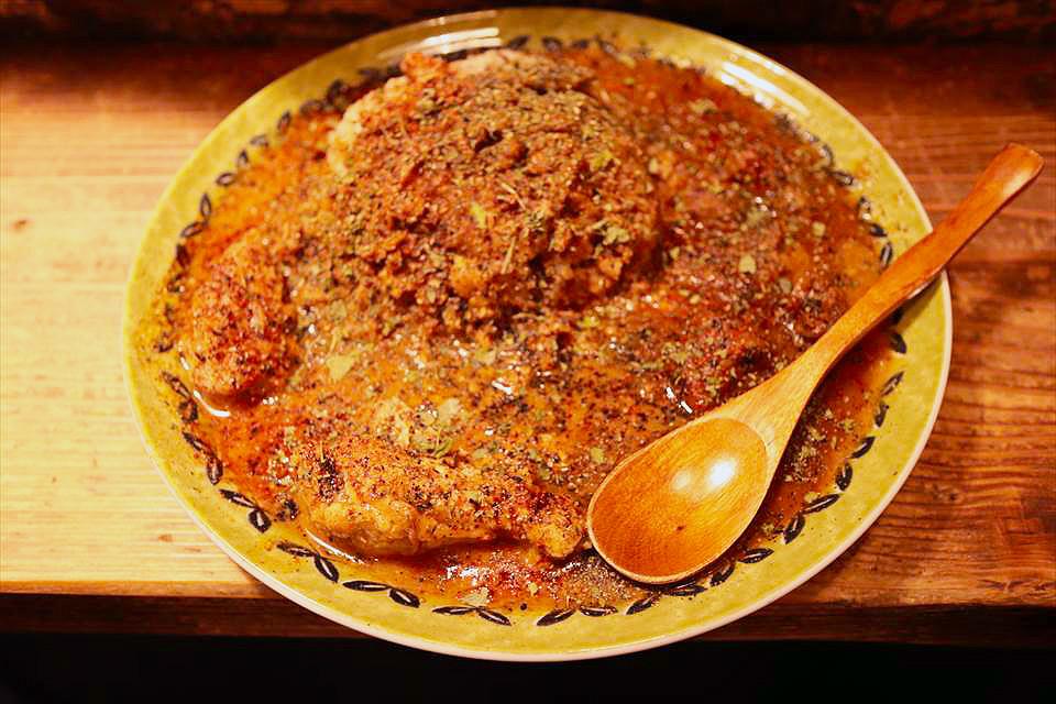 難波『Spice Curry Low Down(スパイスカリー Low Down)』唯有午間吃得到的隱居咖哩店!