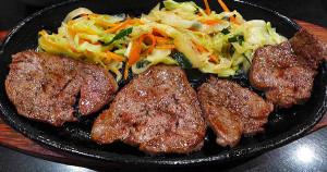 大阪牛排割烹料理Adachi-菲力牛排