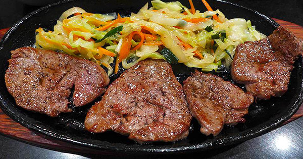 堺筋本町超高CP值的牛排商業午餐!『牛排割烹料理 Adachi(ステーキ割烹 あだち)』