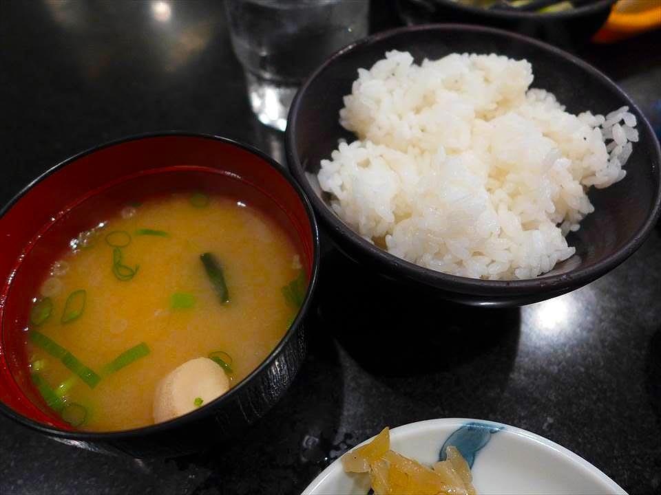 大阪牛排割烹料理 Adachi-味噌湯