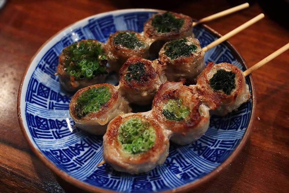 填滿蔬菜的健康肉捲串燒!難波『蔬菜肉捲串燒 Narutoya(やさい串巻き なるとや)』