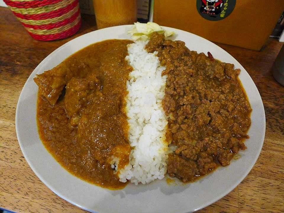 在古老懷舊風店家享用溫醇香辣咖哩飯!寺田町『Curry-chan house(カレーちゃん家)』