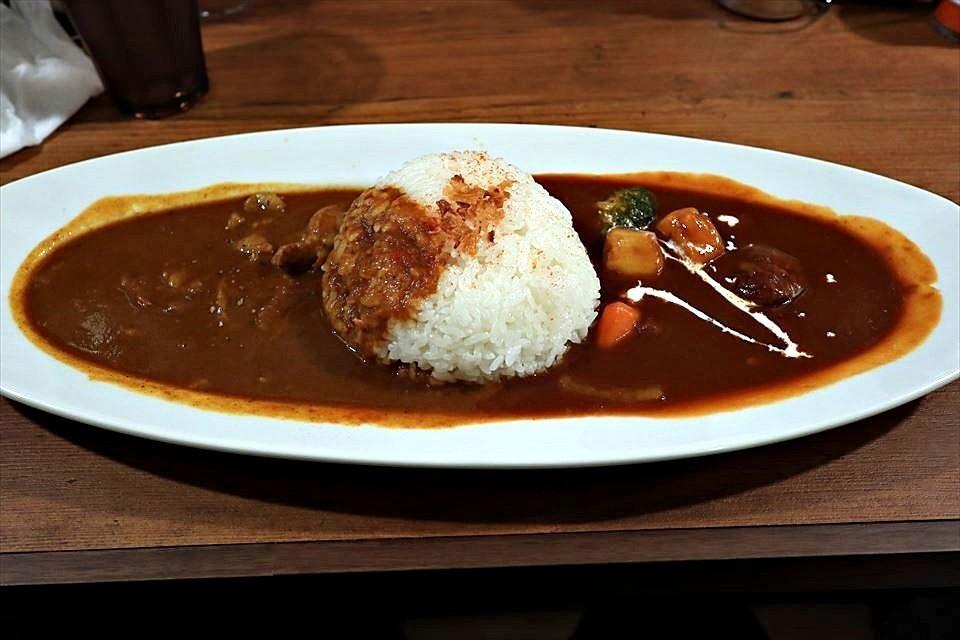 肉店經營的肉多多咖哩!堺東『Gaya Curry(がやCurry)』
