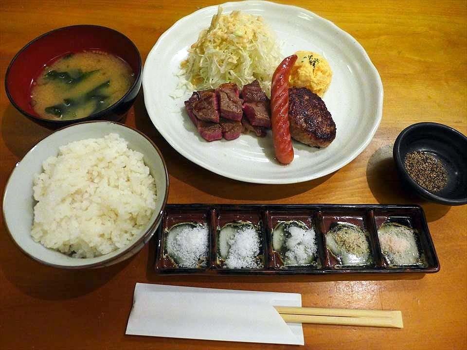 白飯、味噌湯無限續碗!北新地CP值超高的午餐!『天婦羅・鐵板 義(天ぷら・鉄板 義)』