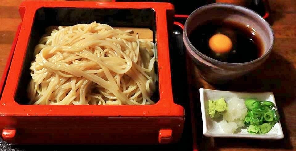 【大阪美食 梅田】在梅田吃蕎麥麵選這家就對了!大阪人喜愛的名店『夕霧蕎麥麵 瓢亭(夕霧そば 瓢亭)』