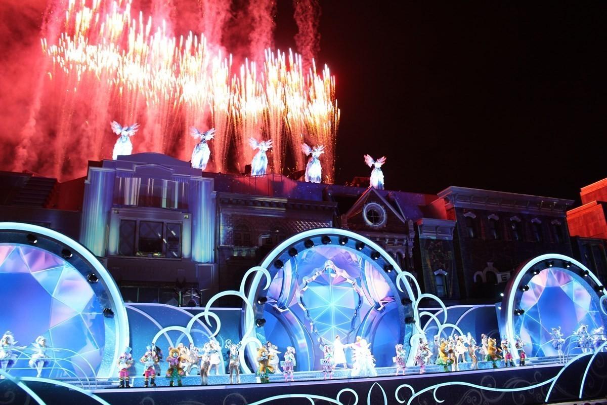 日本環球影城(ユニバーサル・スタジオ・ジャパン)限期舉辦史上最大規模的聖誕節活動『環球水晶聖誕(ユニバーサル・クリスタル・クリスマス)』