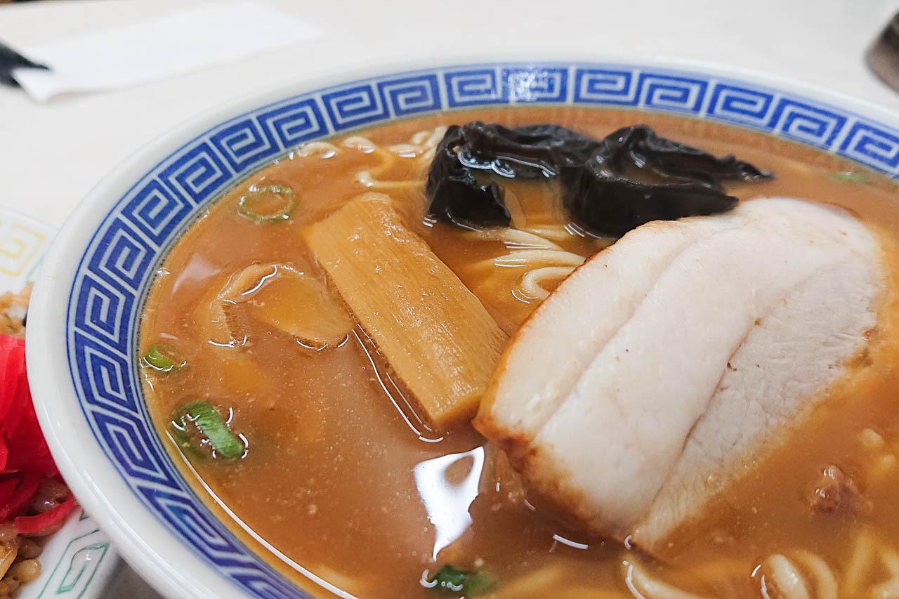 尼崎美食 在尼崎『大貫 本店』來碗日本最古老的拉麵吧!