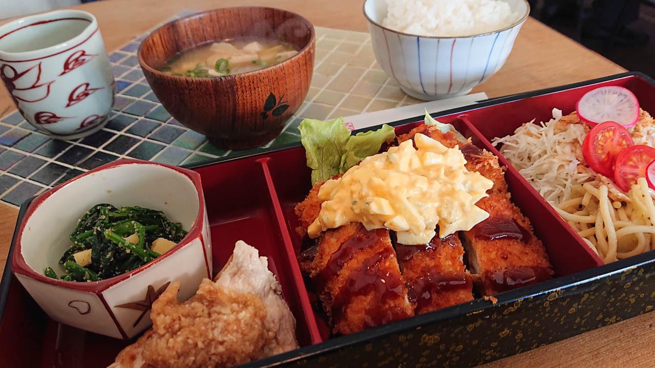 大阪美食|藝廊咖啡廳的超滿足漆飯盒午餐!桃谷『Space MU』