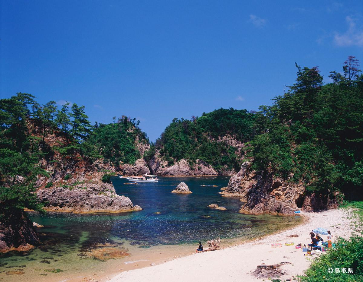 夏天的浦富海岸
